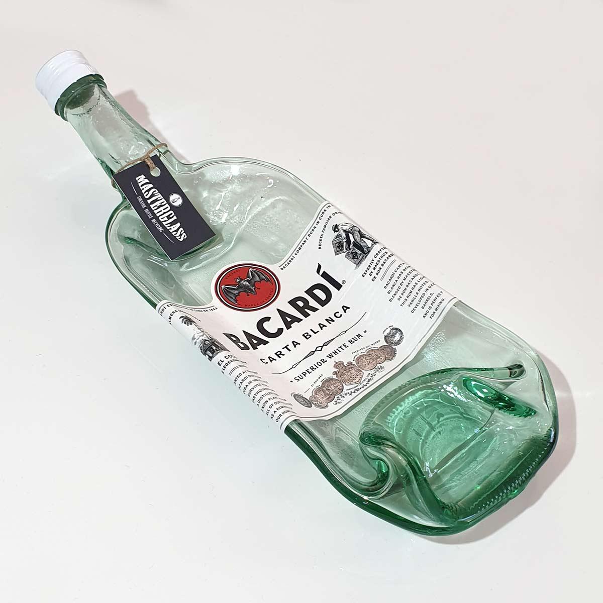 Tot borrelplank gesmolten fles Bacardi
