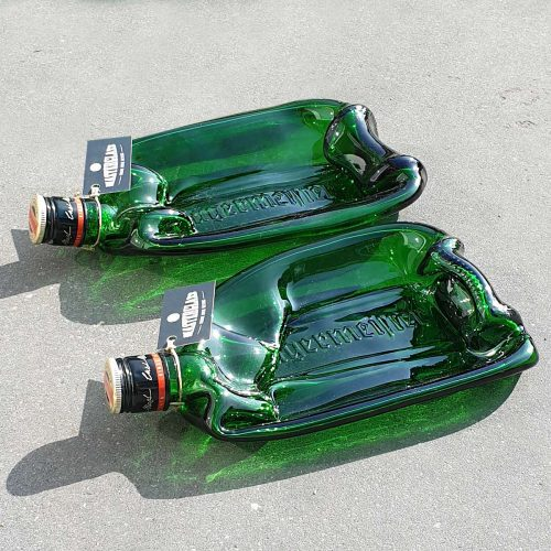 Tot borrelplank gesmolten fles Jägermeister