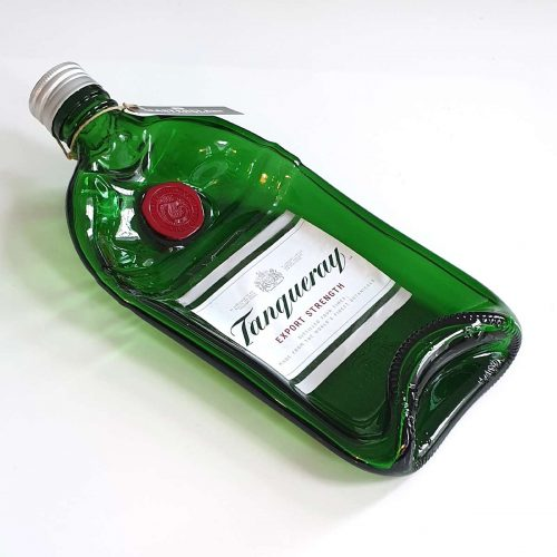 Tot borrelplank gesmolten fles Tanqueray